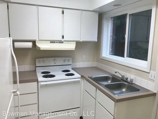 1 Bedroom 1 Bathroom Apartment for rent at 3615-3659 Se 40th Ave in Portland, OR