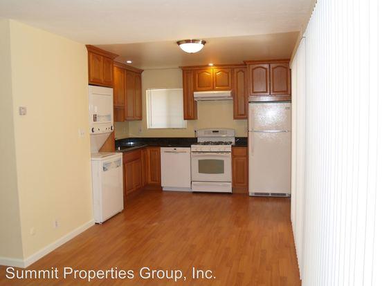 2 Bedrooms 1 Bathroom Apartment for rent at 7327 Thru 7349 Starward Drive in Dublin, CA
