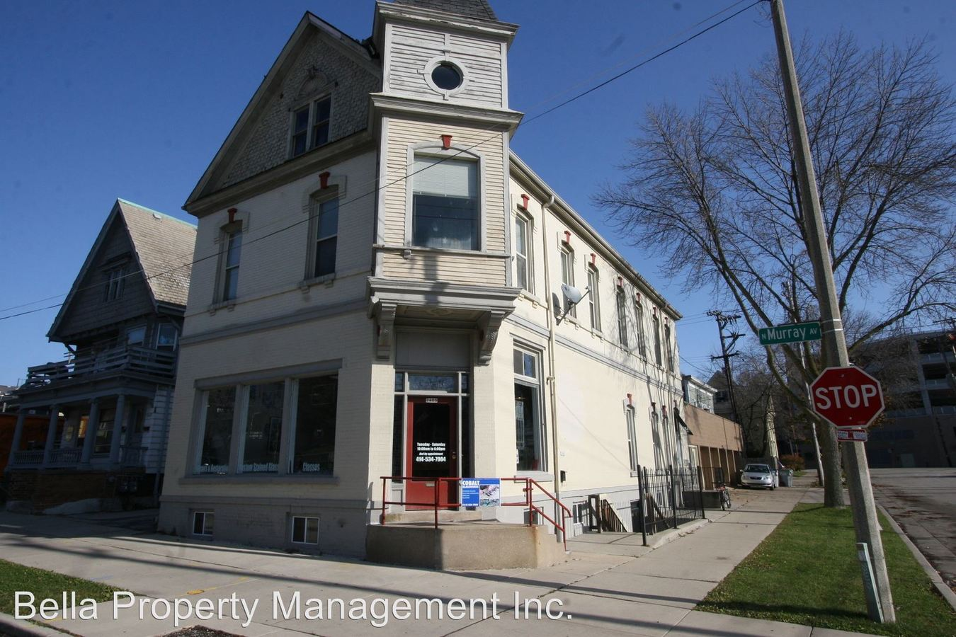 2 Bedrooms 1 Bathroom Apartment for rent at 2006 - 2010 E Thomas in Milwaukee, WI