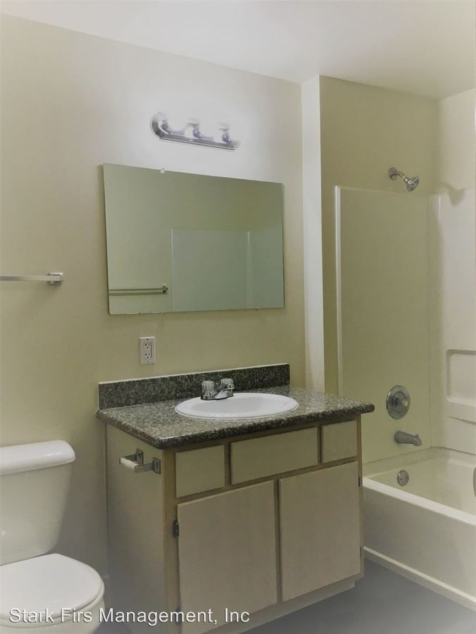 2 Bedrooms 2 Bathrooms Apartment for rent at 16055 Se Stark/16039 Se Stark/16031 Se Stark/16033 Se Stark Units 1-47 in Portland, OR