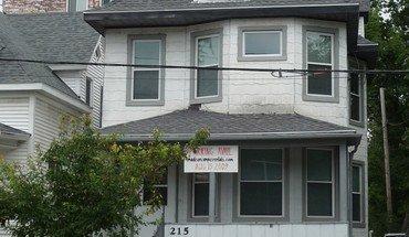 Similar Apartment at 215 N Bassett Street