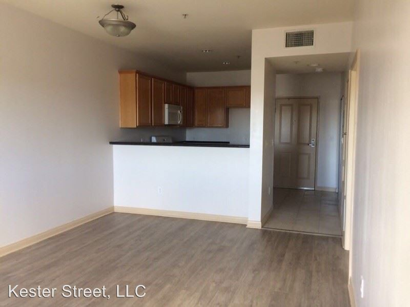 1 Bedroom 1 Bathroom Apartment for rent at 6215 Kester Avenue in Van Nuys, CA