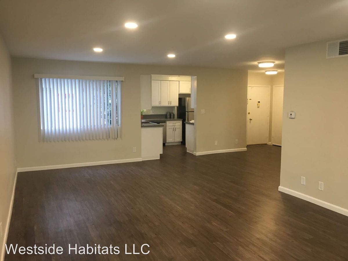 2 Bedrooms 2 Bathrooms Apartment for rent at 1371 S. Beverly Glen Blvd in Los Angeles, CA
