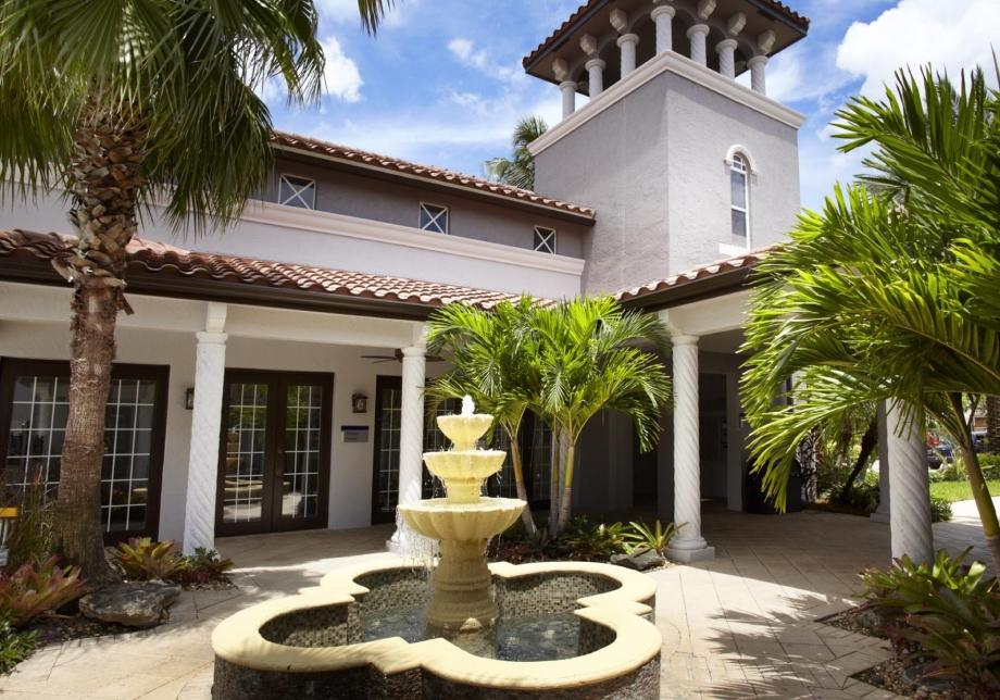 Camden Doral Villas