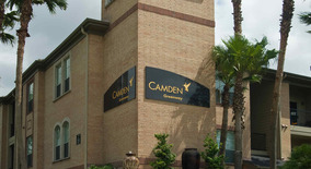 Camden Greenway Apartment for rent in Houston, TX