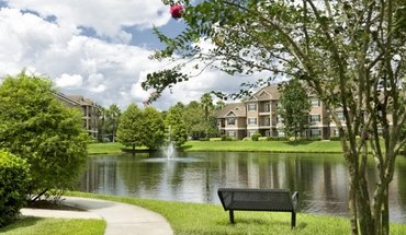 Camden Lee Vista Apartment for rent in Orlando, FL