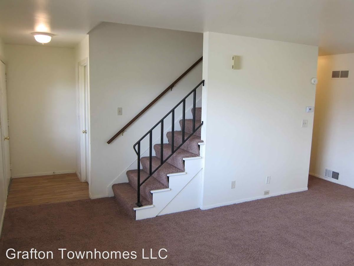 3 Bedrooms 2 Bathrooms Apartment for rent at 1801-1847 1st Avenue 102-226 Falls Rd. in Grafton, WI