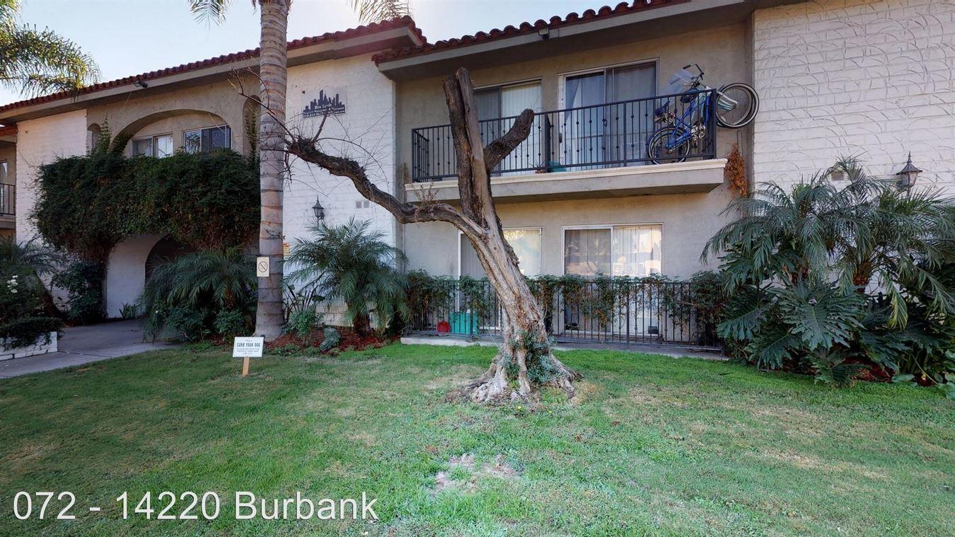 1 Bedroom 1 Bathroom Apartment for rent at 14220 Burbank Blvd. in Sherman Oaks, CA