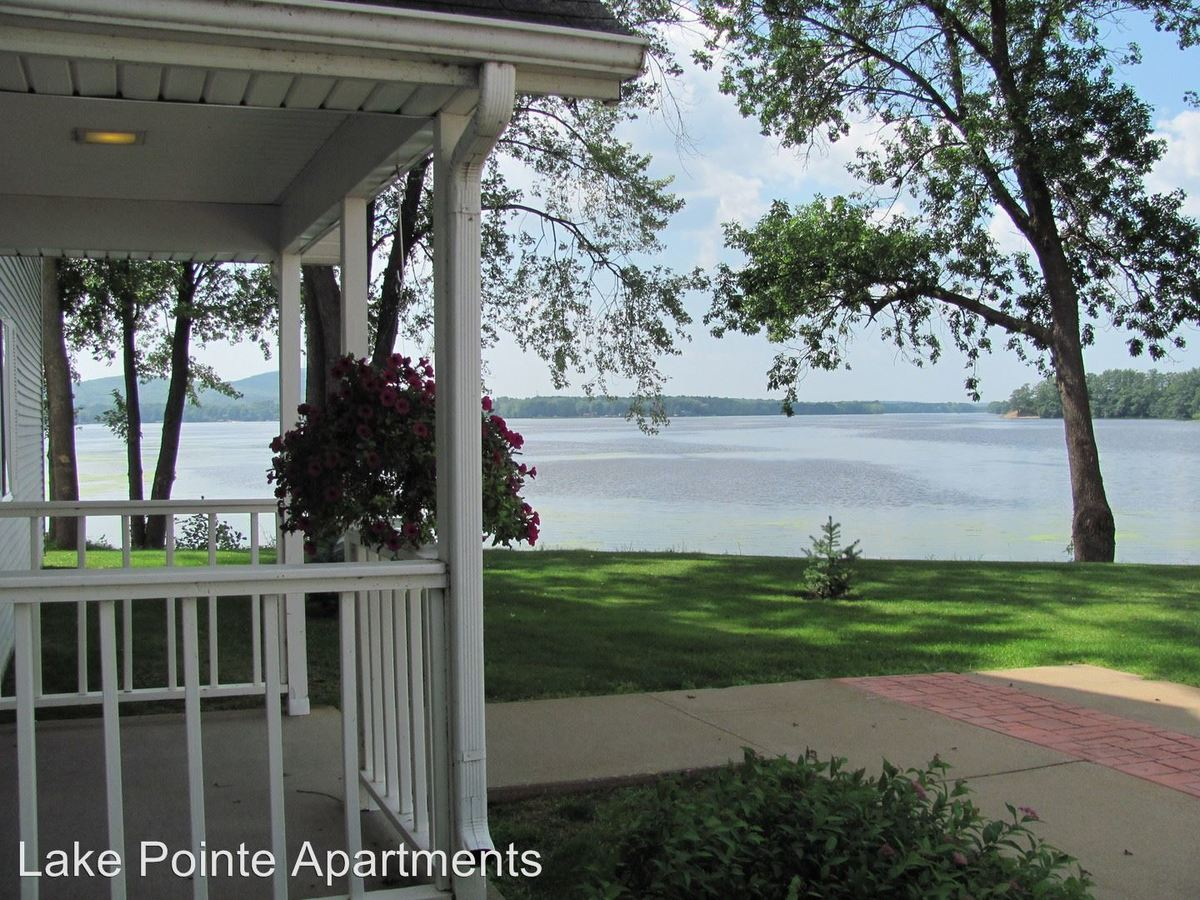 2 Bedrooms 2 Bathrooms Apartment for rent at 1100 Grand Avenue in Schofield, WI