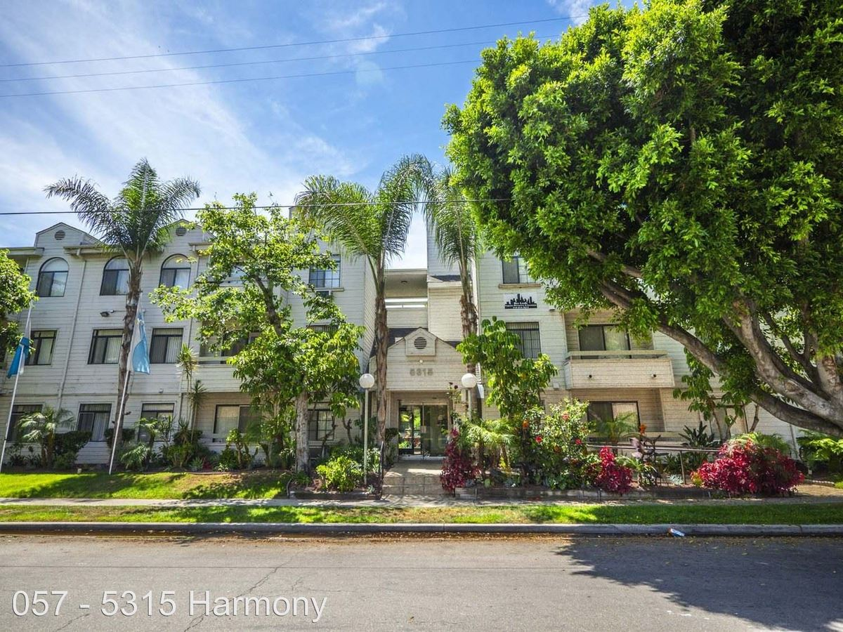 1 Bedroom 1 Bathroom Apartment for rent at 5315 Harmony Ave. in North Hollywood, CA