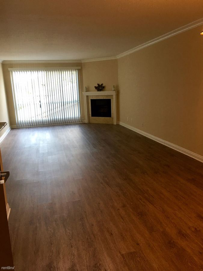 1 Bedroom 1 Bathroom Apartment for rent at The Premier On Moorpark in Sherman Oaks, CA