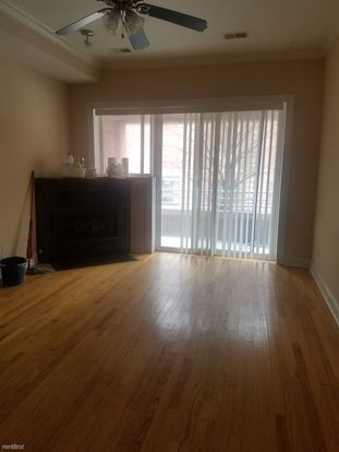2 Bedrooms 2 Bathrooms Apartment for rent at 1057 W Thorndale Ave in Chicago, IL