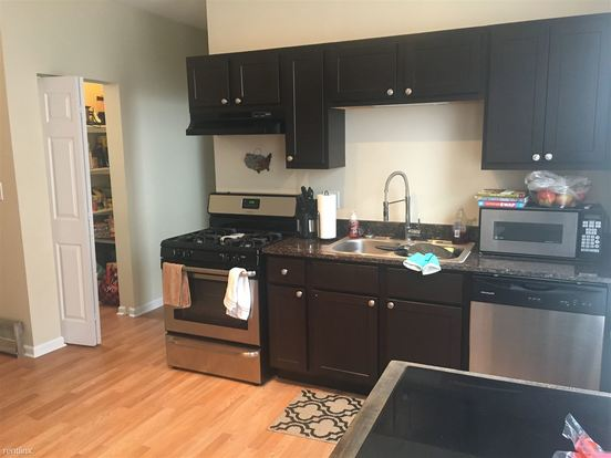 3 Bedrooms 1 Bathroom Apartment for rent at 2459 W Armitage Ave in Chicago, IL