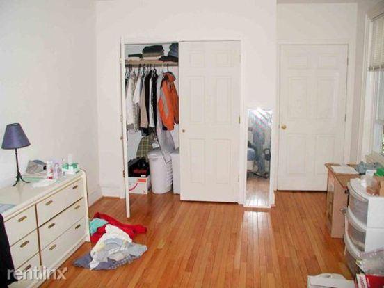 1 Bedroom 1 Bathroom House for rent at 2008 Pine St in Philadelphia, PA