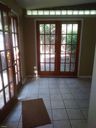 2 Bedrooms 2 Bathrooms House for rent at 792 S Front St in Philadelphia, PA
