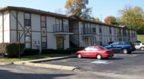 Similar Apartment at 831 Glastonbury Rd.