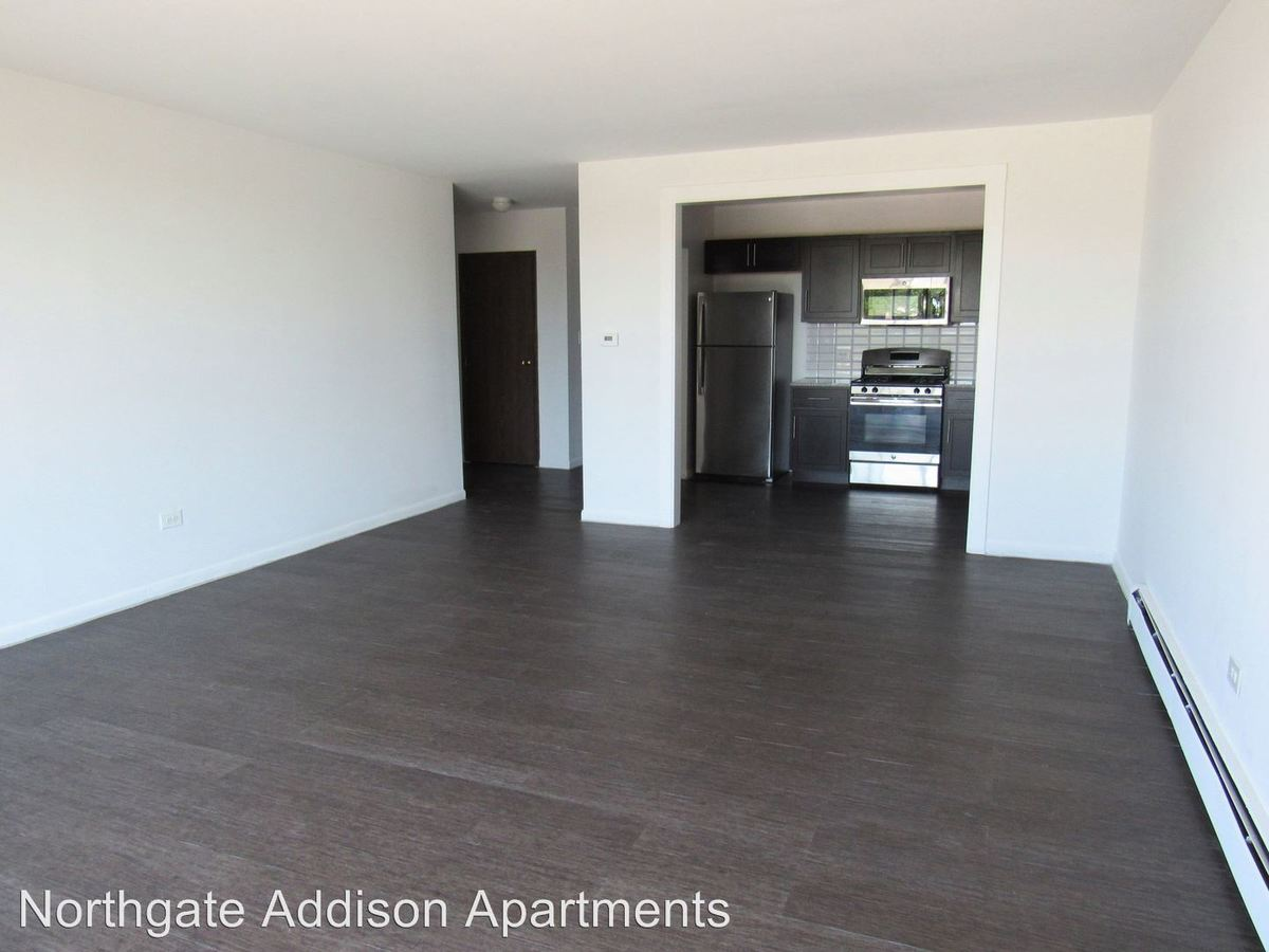 1 Bedroom 1 Bathroom Apartment for rent at 900 N. Rohlwing Road in Addison, IL