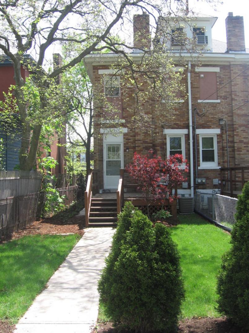 386 Alden Ave