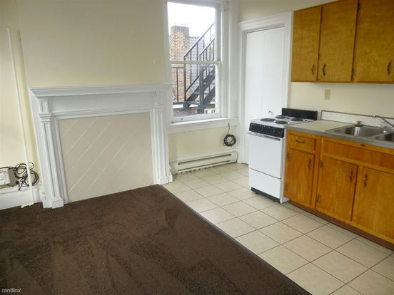 Studio 1 Bathroom House for rent at 5816 Callowhill St in Pittsburgh, PA