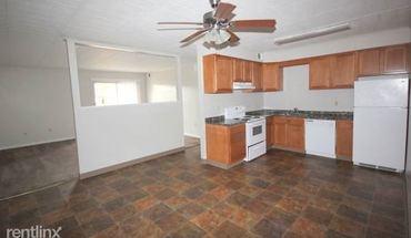 Similar Apartment at 530 Kelly Ave