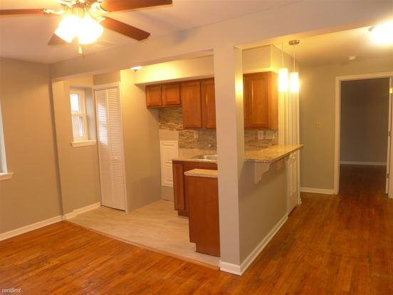 2 Bedrooms 1 Bathroom House for rent at Sumner Place in Bellevue, PA