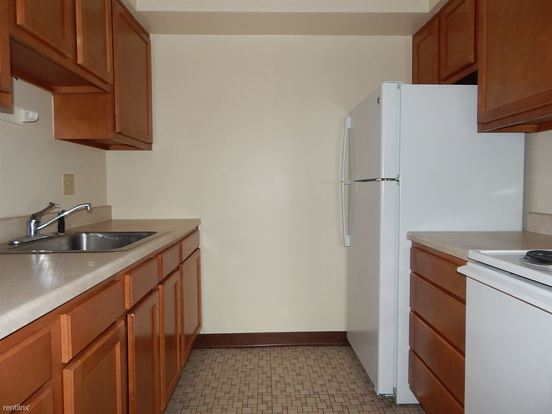2 Bedrooms 1 Bathroom Apartment for rent at Orchard Place in Bellevue, PA