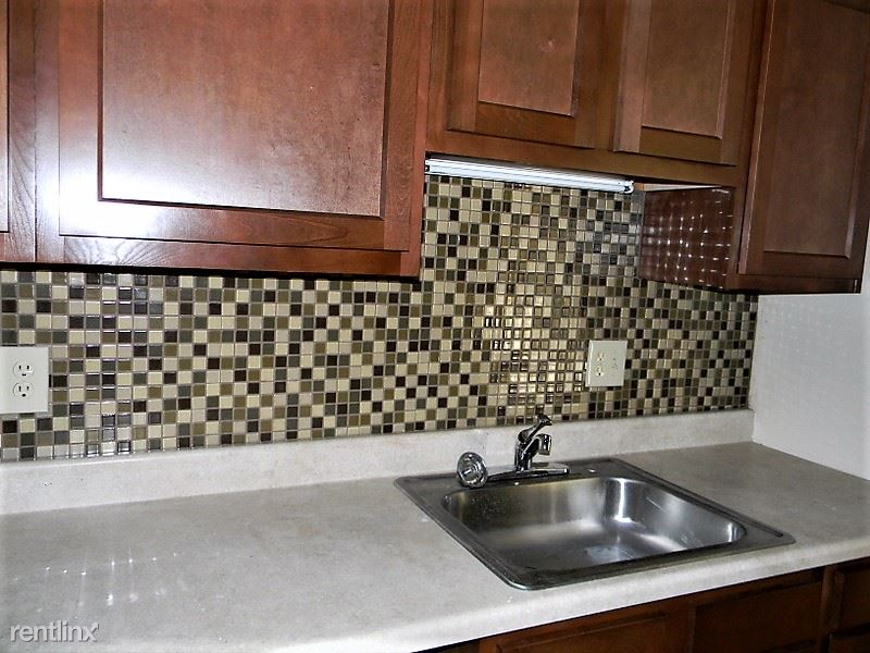 2 Bedrooms 1 Bathroom Apartment for rent at Shaw Manor Apartments in Mckeesport, PA