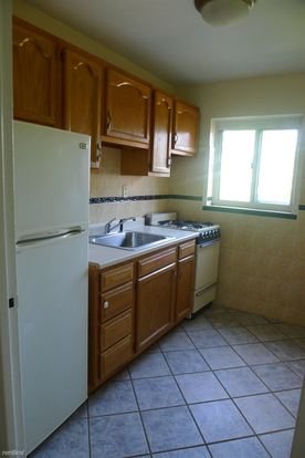 1 Bedroom 1 Bathroom Apartment for rent at Savoy Appartments in Brentwood, PA