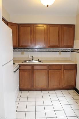 2 Bedrooms 1 Bathroom Apartment for rent at Fountain Square Apartments in North Versailles, PA