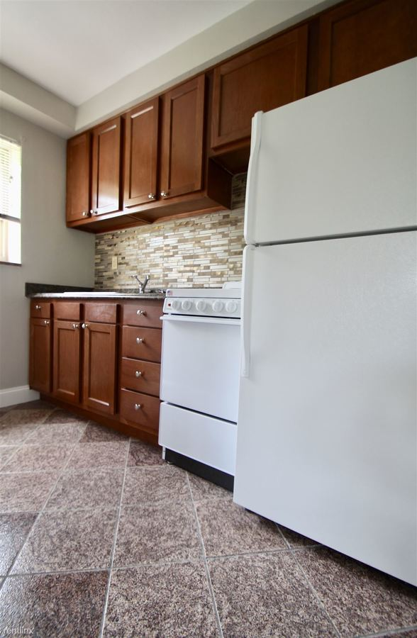 Studio 1 Bathroom Apartment for rent at Hawthorne Estates in Canonsburg, PA