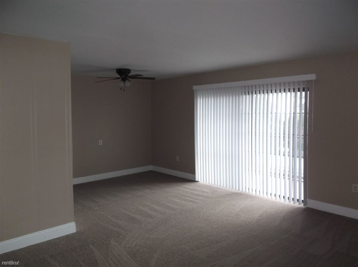 1 Bedroom 1 Bathroom Apartment for rent at Colonial Arms Apartments in Monaca, PA