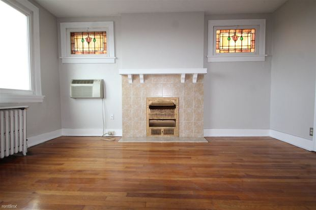 1 Bedroom 1 Bathroom Apartment for rent at 2907 Voelkel Ave in Pittsburgh, PA
