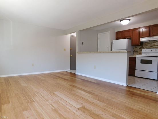 1 Bedroom 1 Bathroom Apartment for rent at Bethel Terrace Apartments in Bethel Park, PA