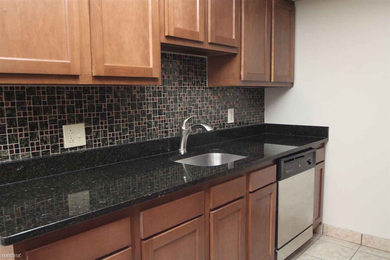 2 Bedrooms 2 Bathrooms House for rent at 1088 Greentree Rd in Pittsburgh, PA