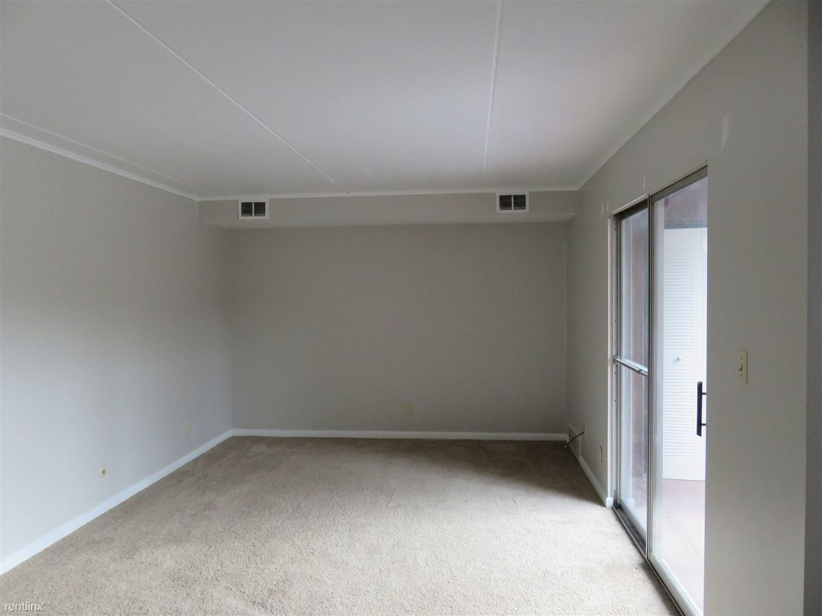2 Bedrooms 1 Bathroom Apartment for rent at Willock Heights Apartments in Pittsburgh, PA