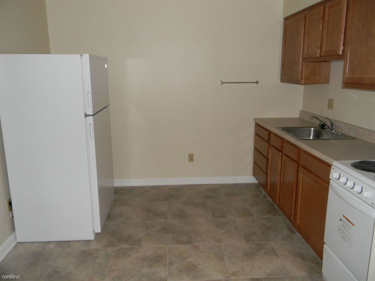 Studio 1 Bathroom Apartment for rent at Shaw Manor Apartments in Mckeesport, PA