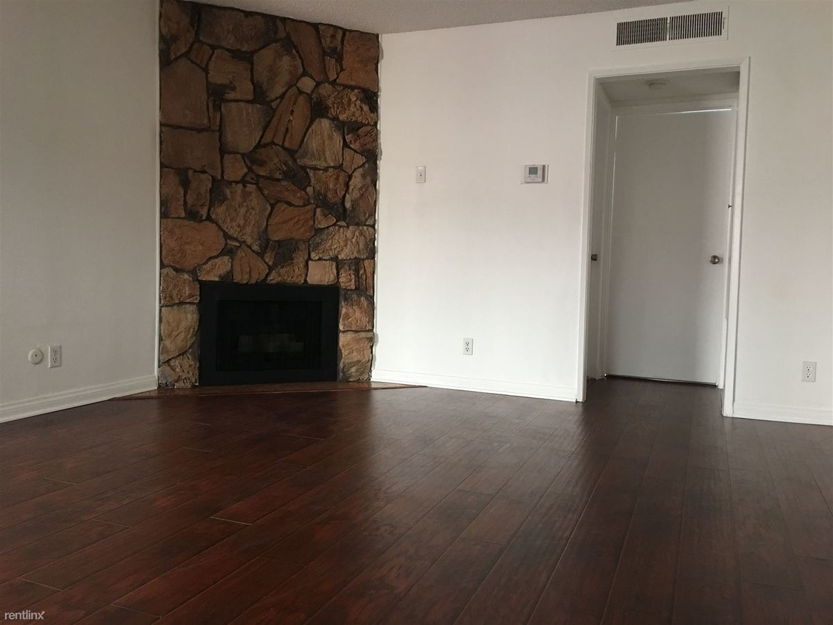 1 Bedroom 1 Bathroom Apartment for rent at Burbank Villas in Sherman Oaks, CA