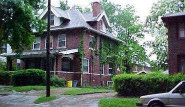 Similar Apartment at 108 N Breese Terrace