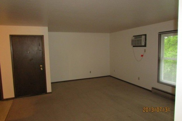 2 Bedrooms 1 Bathroom Apartment for rent at 5903 Spartan Drive in Madison, WI