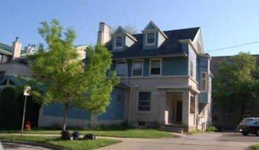 Similar Apartment at 529 North Pinckney Street