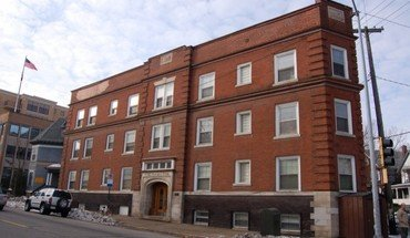 Similar Apartment at 222 North Hamilton Street