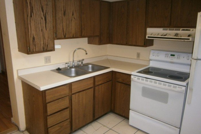2 Bedrooms 1 Bathroom Apartment for rent at 116 E Gorham St in Madison, WI