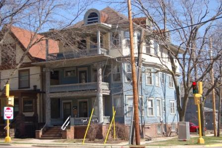 4 Bedrooms 1 Bathroom Apartment for rent at 151 W Wilson St in Madison, WI