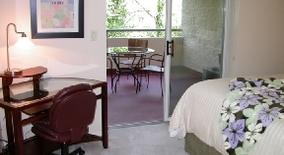Similar Apartment at 6625 West Burnside