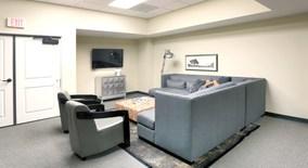 Similar Apartment at 333 Penn