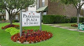 Parkwood Plaza Apartments