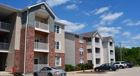 Similar Apartment at 1469 Parkside Commons Drive
