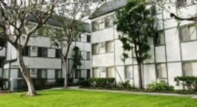 Piccadilly Square Apartment Homes Orange County