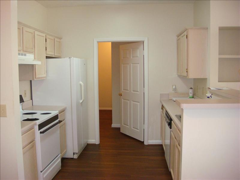 3 Bedrooms 2 Bathrooms Apartment for rent at 1087-1089 Cornell Place in Auburn, AL