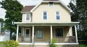 909 Fifth Avenue Apartment for rent in Eau Claire, WI